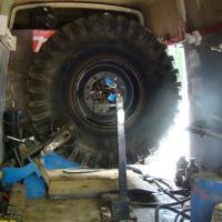 Ремонт колёс автокрана Либхер #шиномонтаж #выезднойшиномонтаж #шиномонтажспецтехники #ремонтколес