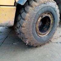 Небольшой прокол большого колеса для нас это не проблема)))) #шиномонтаж #шиномонтажспецтехники #ремонтколес #выезднойшиномонтаж