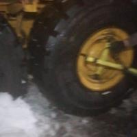 Сборка колёс вестлайк  750/65r25 на сочлененом самосвале #шиномонтаж #выезднойшиномонтаж #шиномонтажспецтехники
