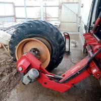 Небольшой ремонт прокола колеса на выезде #шиномонтаж #выезднойшиномонтаж #шиномонтажспецтехники #ремонтколес